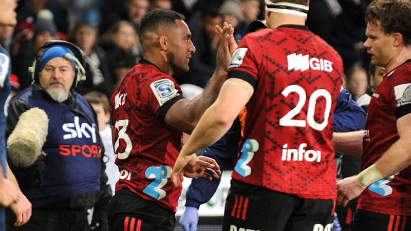 Crusaders beat Chiefs to close in on Super Rugby title