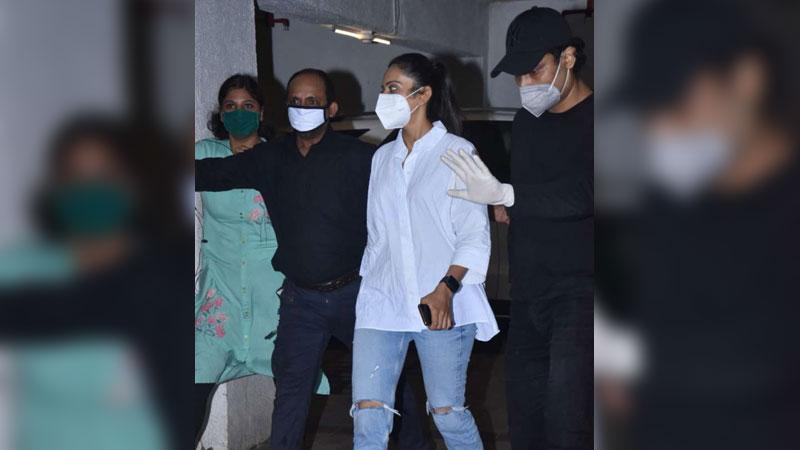 Is Deepika Padukone anxious? here's what Ranveer Singh requested to NCB