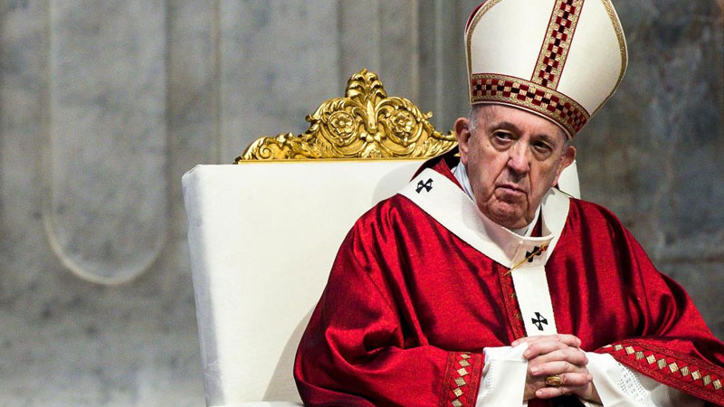 Pope criticises people going on holiday to flee Covid-19 lockdowns