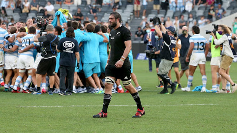 Emotional Argentina coach hails Pumas players after defeating All Blacks
