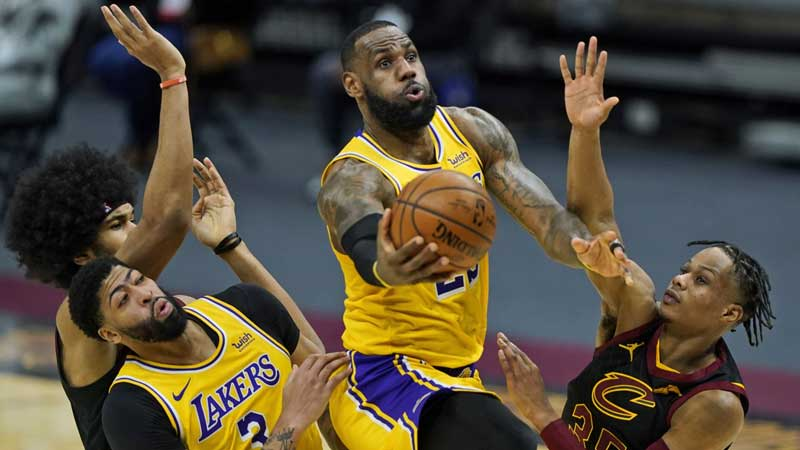 Lakers-Cavs recap: LeBron's 46 point masterpiece closes out Cleveland homecoming win